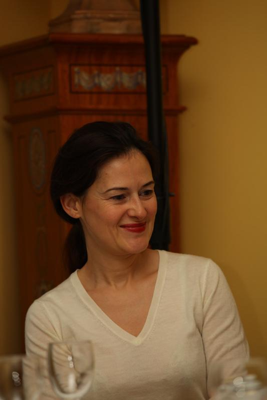 Emmanuelle Muhlenhover