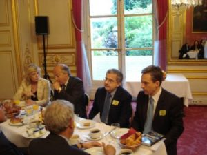 26 mai 2009 : petit-déjeuner du Club de l'Audace au Sénat avec Jean-Jacques ROSA, économiste et professeur à Sciences Po