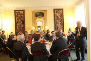11 avril 2012 : petit-déjeuner du Club de l'Audace à l'Assemblée nationale avec Jean-Claude VOLOT, commissaire général à l'internationalisation des PME et ETI et président de l'APCE