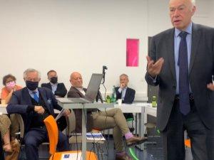 30 septembre 2021 : Petit déjeuner avec Yves ENREGLE, Co-fondateur du réseau Compétences et Développement et du Groupe IGS, Doyen du corps professoral du Groupe IGS, président de Propédia (Fédération des laboratoires de recherche), philosophe et psychanalyste